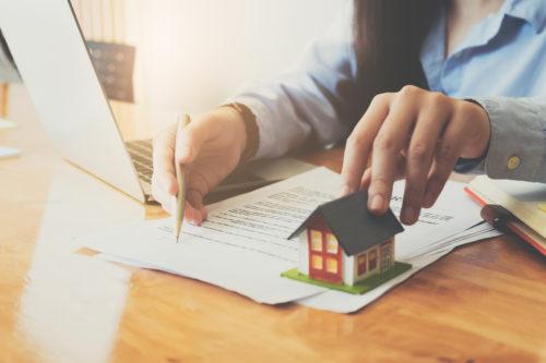 Cómo vender una propiedad a un extranjero
